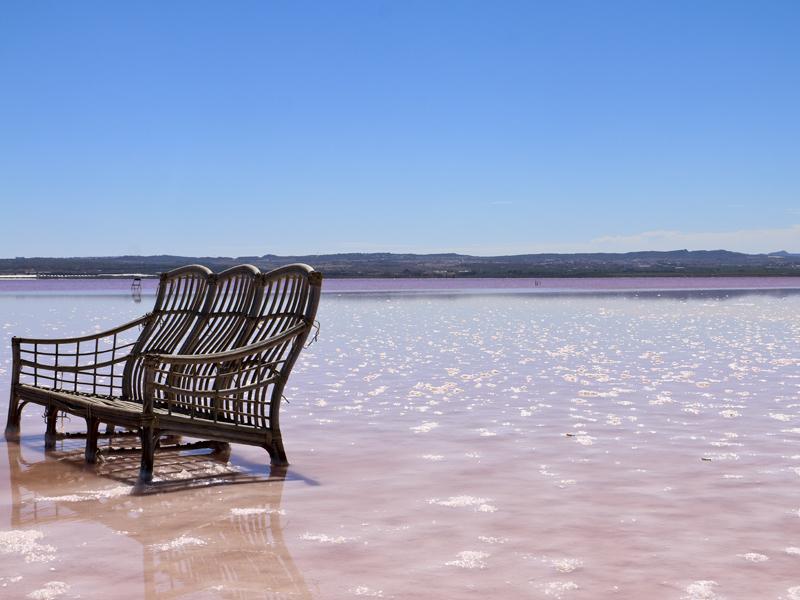 spain-pink-lake